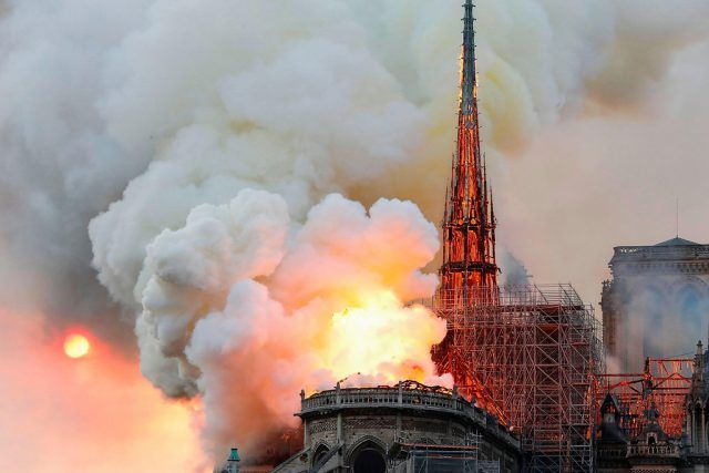 Fire at Nantes Catholic diocese